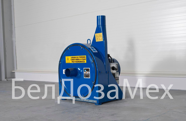 Комплектация: смеситель 1,5-тонный, дробилка 15 кВт, весы электронные, шнек 100 мм 6 м